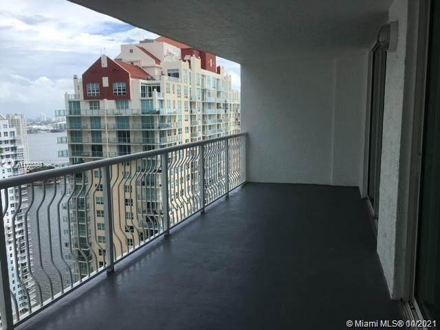 1200 Brickell Bay Dr #3608, Miami, FL 33131 (MLS #A11108849) :: Castelli Real Estate Services