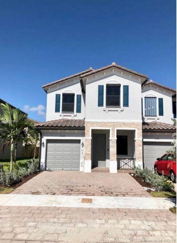 25128 SW 113th Pl #25128, Homestead, FL 33032 (MLS #A11109142) :: Castelli Real Estate Services