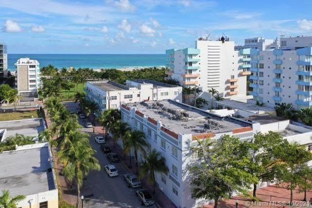 130 3rd St #202, Miami Beach, FL 33139 (MLS #A11109685) :: The MPH Team