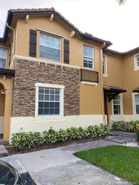 9259 SW 227th St 2-25, Cutler Bay, FL 33190 (MLS #A11110085) :: Castelli Real Estate Services