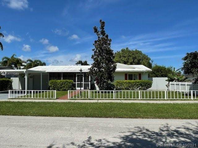 9265 SW 185th Ter, Cutler Bay, FL 33157 (MLS #A11110464) :: Castelli Real Estate Services