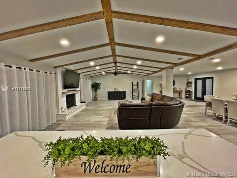 19455 SW 272nd St, Homestead, FL 33031 (MLS #A11111002) :: Vigny Arduz | RE/MAX Advance Realty