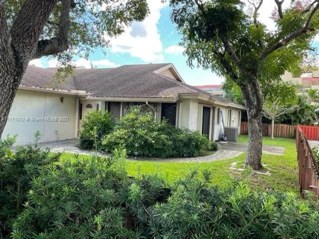 6640 NW 4th Ct, Plantation, FL 33317 (MLS #A11111012) :: Search Broward Real Estate Team