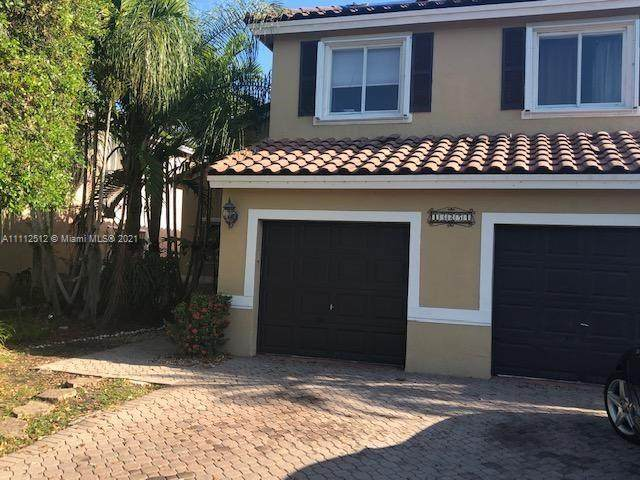 Miami, FL 33186 :: Vigny Arduz | RE/MAX Advance Realty
