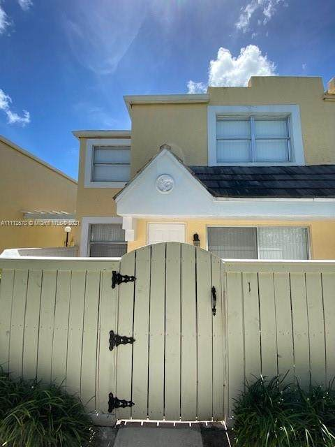 Miami, FL 33155 :: Equity Realty