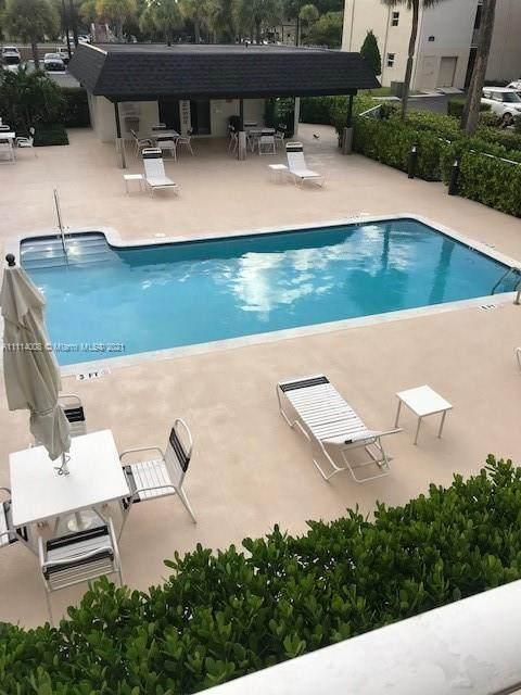 7765 SW 86th St F2-205, Miami, FL 33143 (MLS #A11114008) :: The Riley Smith Group