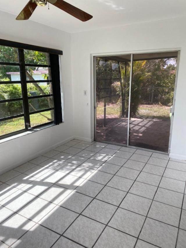 Miramar, FL 33023 :: Posh Properties