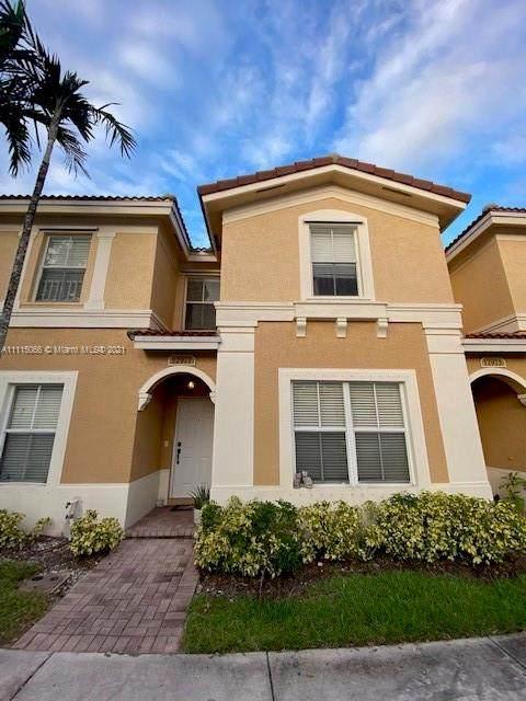 12977 SW 30th Ct #137, Miramar, FL 33027 (MLS #A11115066) :: Green Realty Properties