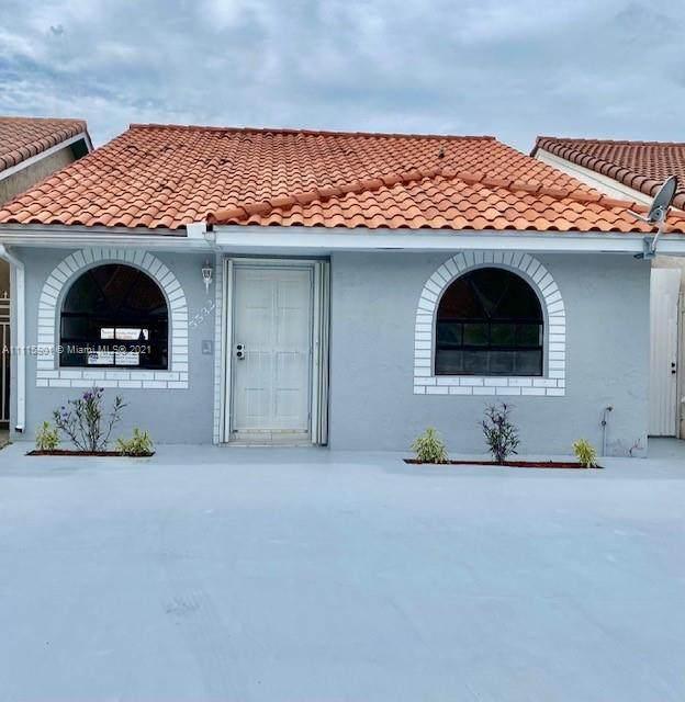 5532 W 27th Ave, Hialeah, FL 33016 (MLS #A11115801) :: GK Realty Group LLC