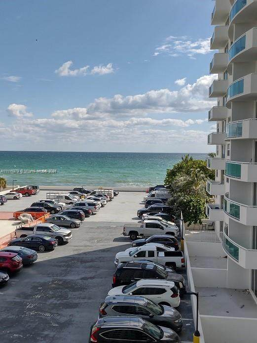 3001 S Ocean Dr #449, Hollywood, FL 33019 (MLS #A11115979) :: Patty Accorto Team