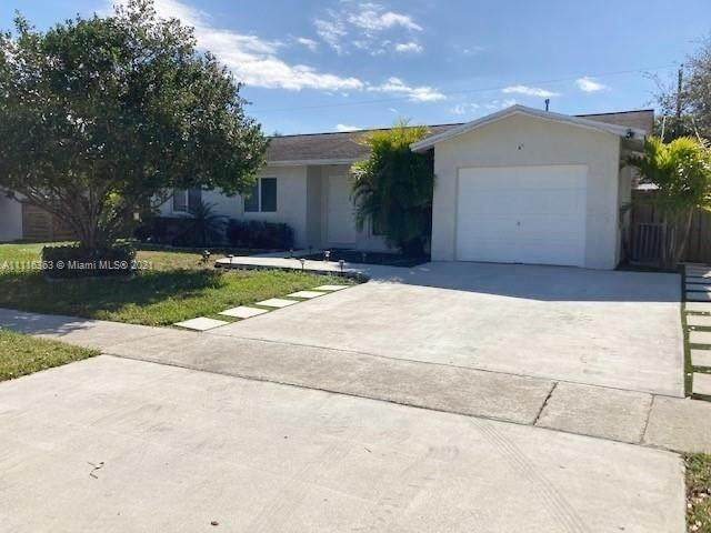 11550 NW 31st St, Sunrise, FL 33323 (MLS #A11116363) :: ONE Sotheby's International Realty