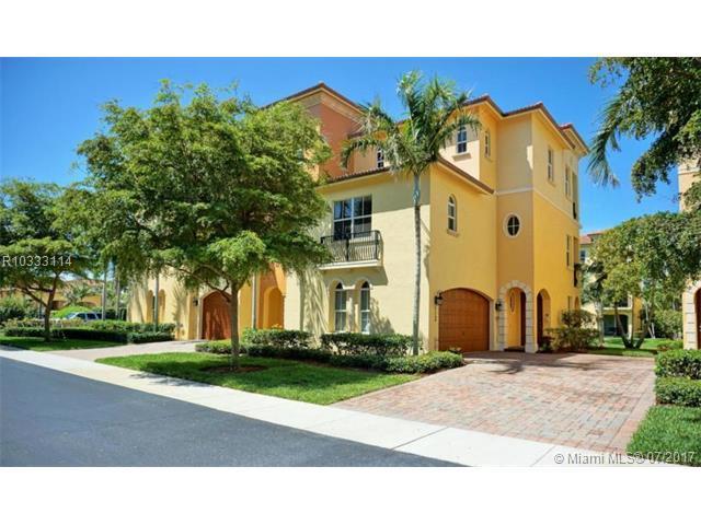 113 Ocean Bay Drive, Jensen Beach, FL 34957 (MLS #R10333114) :: Calibre International Realty