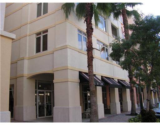 1200 Town Center Drive #513, Jupiter, FL 33458 (MLS #R10347989) :: Green Realty Properties