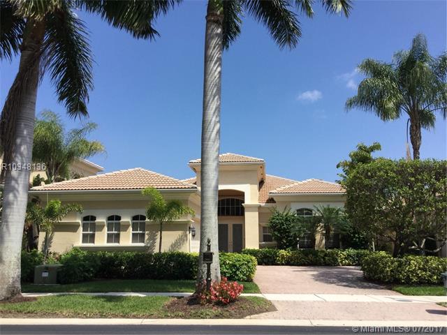 312 Vizcaya Drive, Palm Beach Gardens, FL 33418 (MLS #R10348136) :: Stanley Rosen Group