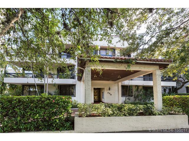 730 Coral Way Ph-302, Coral Gables, FL 33134 (MLS #A10348637) :: The Riley Smith Group