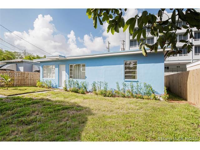 3271 Thomas Ave, Coconut Grove, FL 33133 (MLS #A10351112) :: The Erice Team
