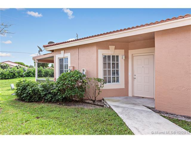 9830 Kamena Cir #84, Boynton Beach, FL 33436 (MLS #A10354040) :: The Teri Arbogast Team at Keller Williams Partners SW
