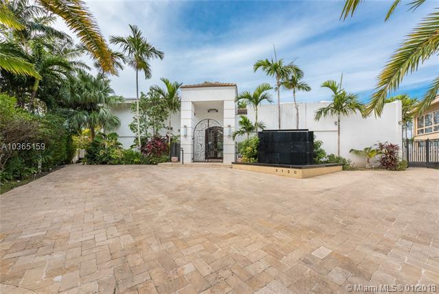 3120 NE 165th St, North Miami Beach, FL 33160 (MLS #A10365159) :: The Riley Smith Group