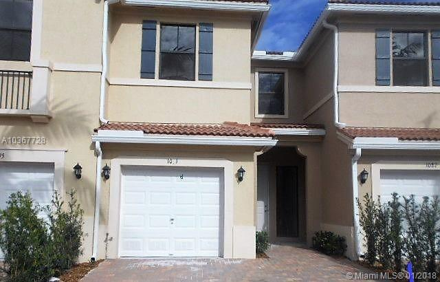 1091 NW 33rd Ct #1091, Pompano Beach, FL 33064 (MLS #A10367728) :: The Teri Arbogast Team at Keller Williams Partners SW