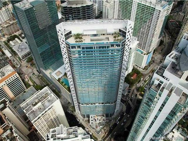 1300 Brickell Bay Drive #2803, Miami, FL 33131 (MLS #A10368953) :: Prestige Realty Group