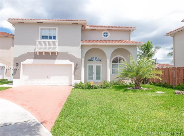 15871 SW 55th Ter, Miami, FL 33185 (MLS #A10370393) :: Green Realty Properties