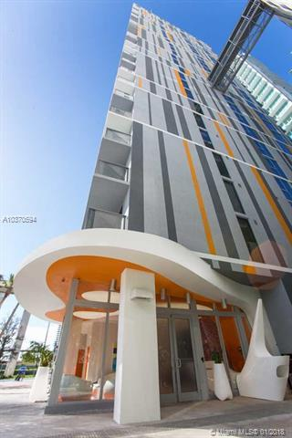 31 SE 6 ST #2301, Miami, FL 33131 (MLS #A10370594) :: The Teri Arbogast Team at Keller Williams Partners SW