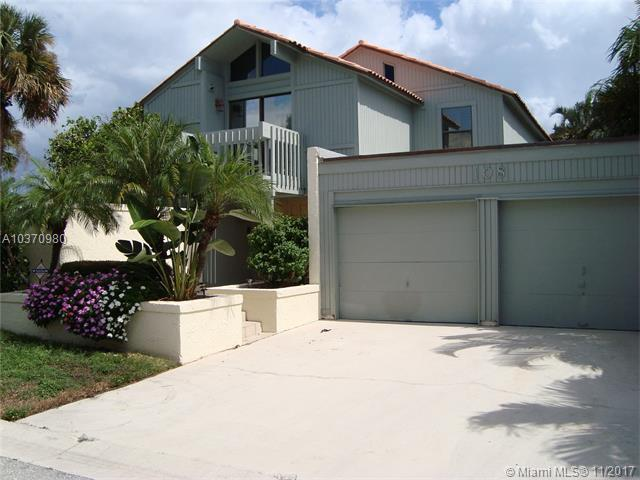 108 Seahorse Ln, Jupiter, FL 33477 (MLS #A10370980) :: The Teri Arbogast Team at Keller Williams Partners SW