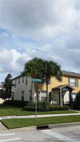 2057 SE Glen Ridge Dr, Port St. Lucie, FL 34952 (MLS #A10371727) :: Prestige Realty Group