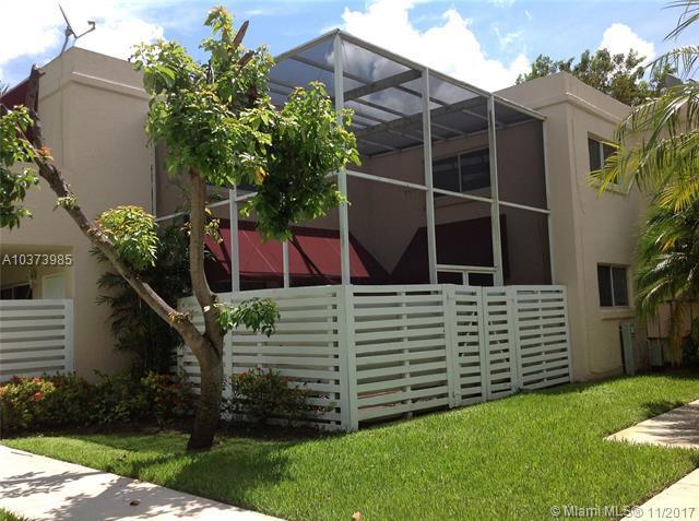 14318 SW 97 Terrace #14318, Kendall, FL 33186 (MLS #A10373985) :: The Teri Arbogast Team at Keller Williams Partners SW
