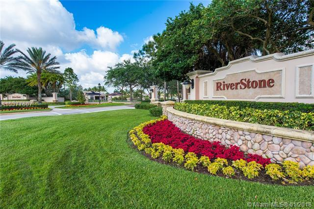 14871 SW 35th St, Davie, FL 33331 (MLS #A10377607) :: The Teri Arbogast Team at Keller Williams Partners SW