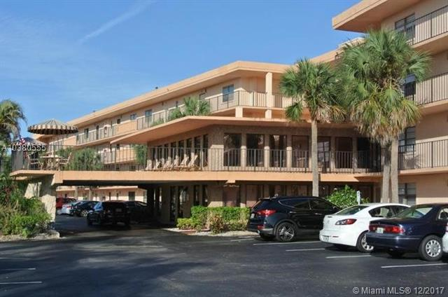 9300 SW 8th St #302, Boca Raton, FL 33428 (MLS #A10380555) :: The Riley Smith Group