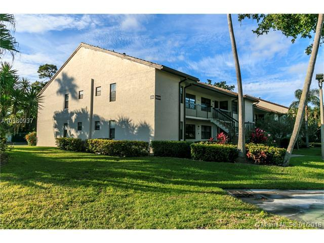 7689 Tahiti Ln #201, Lake Worth, FL 33467 (MLS #A10380937) :: Stanley Rosen Group