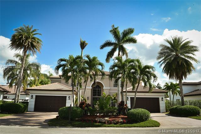 625 W Enclave Cir W, Pembroke Pines, FL 33027 (MLS #A10381462) :: Stanley Rosen Group