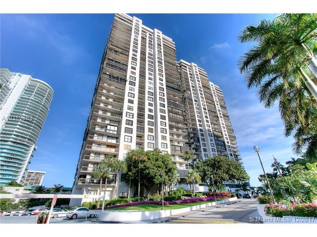 2333 Brickell Ave #914, Miami, FL 33129 (MLS #A10382863) :: The Riley Smith Group