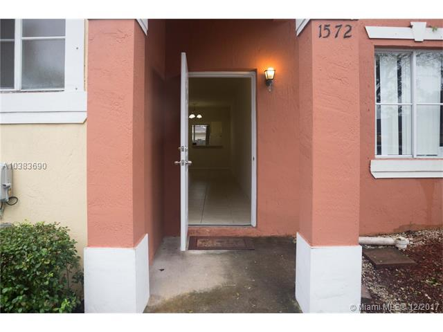 1572 SW 2nd, Homestead, FL 33030 (MLS #A10383690) :: Prestige Realty Group