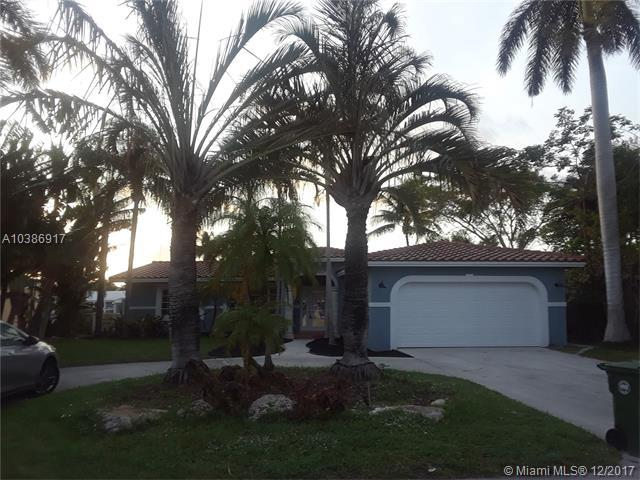 2509 NE 19th   Ave, Wilton Manors, FL 33305 (MLS #A10386917) :: Live Work Play Miami Group