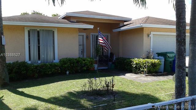 2818 Washington, Fort Lauderdale, FL 33311 (MLS #A10388527) :: Green Realty Properties