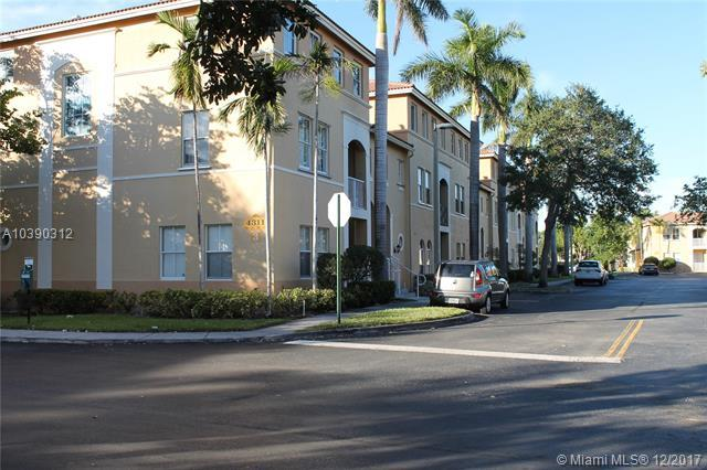 4311 SW 160th Ave #101, Miramar, FL 33027 (MLS #A10390312) :: Green Realty Properties
