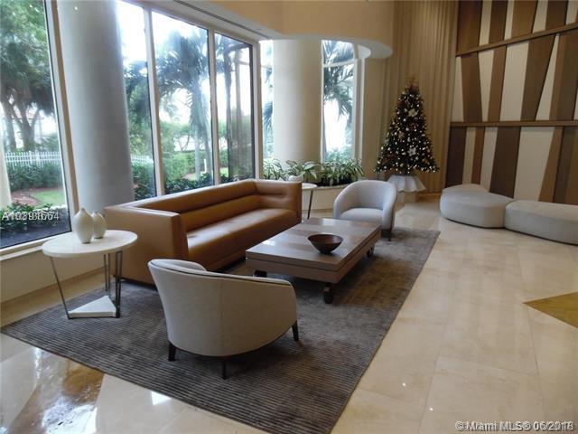 19355 Turnberry Way 25L, Aventura, FL 33180 (MLS #A10391664) :: Green Realty Properties