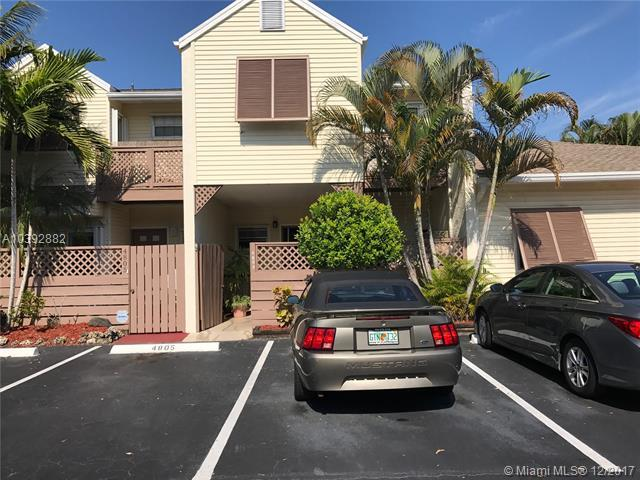 4803 S Hemingway Cir #4803, Margate, FL 33063 (MLS #A10392882) :: The Teri Arbogast Team at Keller Williams Partners SW