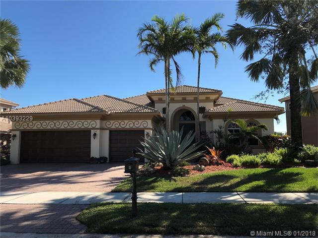 7548 NW 117th Ln, Parkland, FL 33076 (MLS #A10393229) :: The Teri Arbogast Team at Keller Williams Partners SW