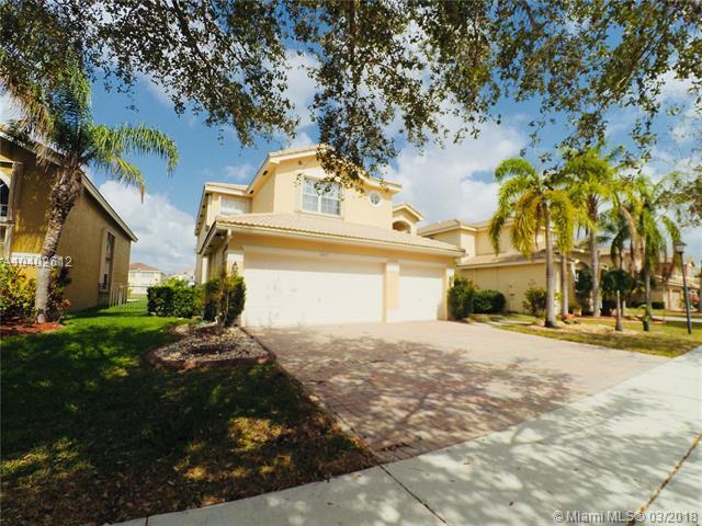 16417 SW 31st St, Miramar, FL 33027 (MLS #A10402612) :: Green Realty Properties