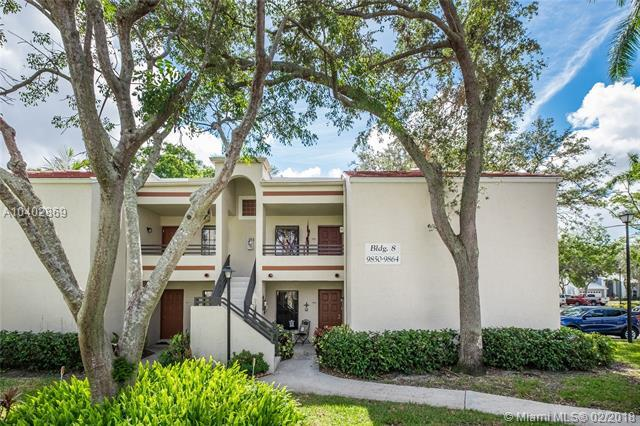 9856 NW 3rd Ct #8, Plantation, FL 33324 (MLS #A10402869) :: The Teri Arbogast Team at Keller Williams Partners SW