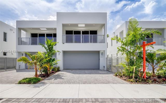 815 NE 17th Way #815, Fort Lauderdale, FL 33304 (MLS #A10404198) :: The Teri Arbogast Team at Keller Williams Partners SW