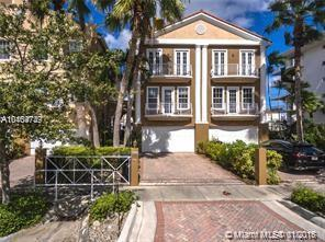 3909 NE 170th St, North Miami Beach, FL 33160 (MLS #A10404749) :: Hergenrother Realty Group Miami