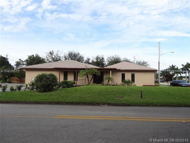 2945 S Congress Ave Suite D, Lake Worth, FL 33461 (MLS #A10408635) :: Calibre International Realty
