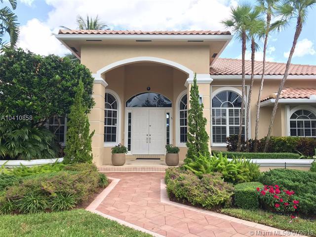2590 SW 105th Ter, Davie, FL 33324 (MLS #A10410858) :: Green Realty Properties