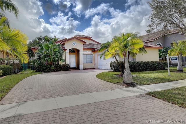 18500 NW 9th St, Pembroke Pines, FL 33029 (MLS #A10413459) :: Stanley Rosen Group