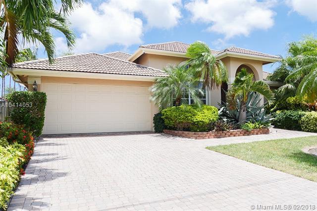 16421 NE 34th Ave, North Miami Beach, FL 33160 (MLS #A10414053) :: The Teri Arbogast Team at Keller Williams Partners SW