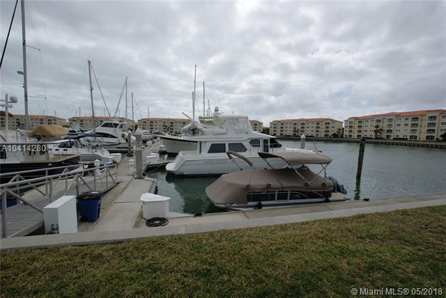 22 Harbour Isle Drive #104, Fort Pierce, FL 34949 (MLS #A10414280) :: Green Realty Properties